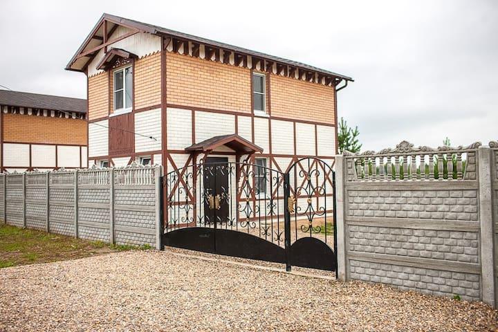 Сдаю красивый дом в деревне. - Pavlovo-Posadsky District - House