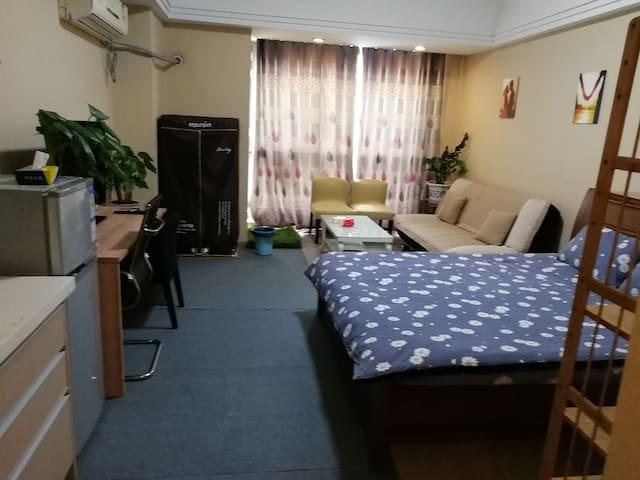 红谷滩新区万达广场安馨海公寓酒店