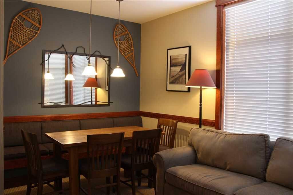 T531 Living Room 2