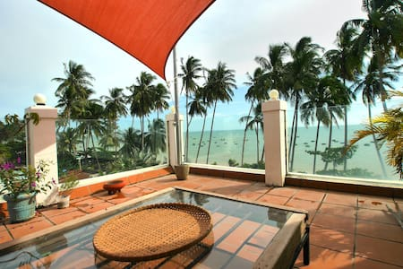 apartment in beach front villa with swimingpool - Thành phố Phan Thiết