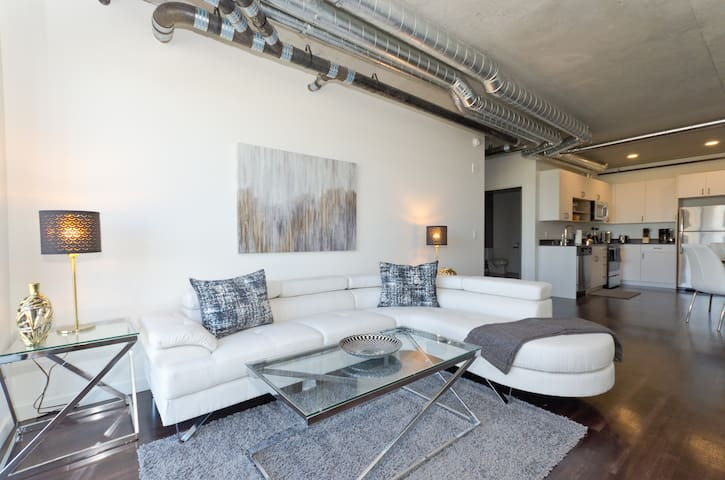 Downtown Seattle Corporate 2 Bedroom Apartment