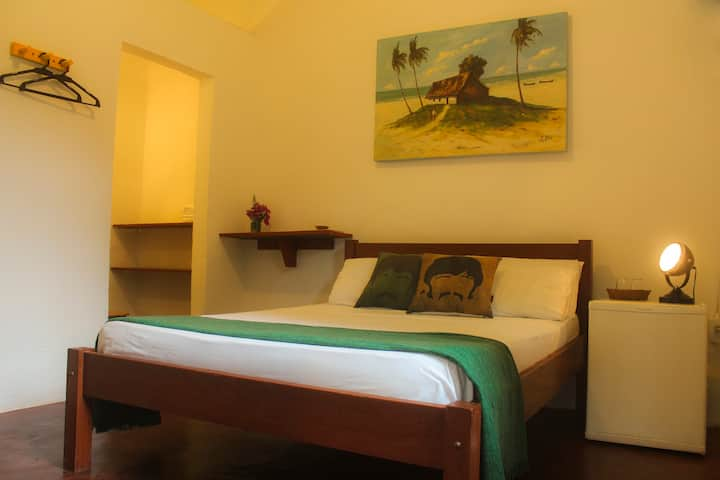 Private Suite Double TV and Minibar Hostel Bahia
