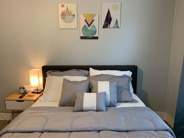 #2 Cozy private room at safe & quiet location