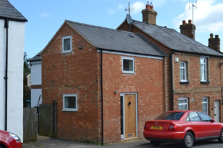 1 bedroom barn conversion in a rural location a - Drayton Parslow - House