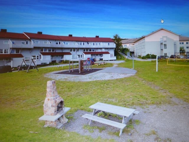 The apartment is located in the two upper floors in the middle of the building. The playground and barbecue can be used.