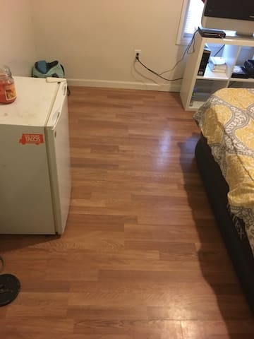 Private Bedroom Close To NYC - Newark - Apartament