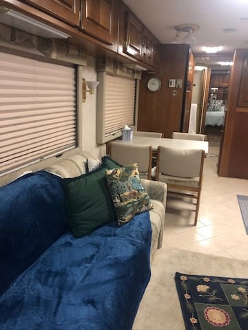 45 ft Spacious Pop-out Motor Home
