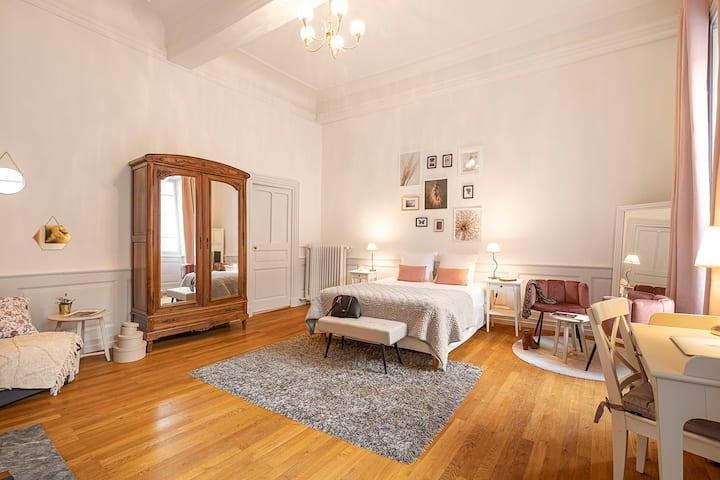 Suite Comtesse de Boigne avec services hôteliers
