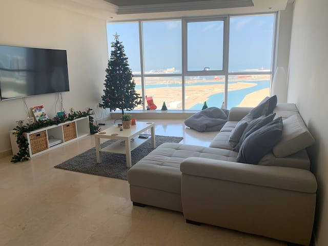 2 Bedroom full apartment with Al Reem Sea View