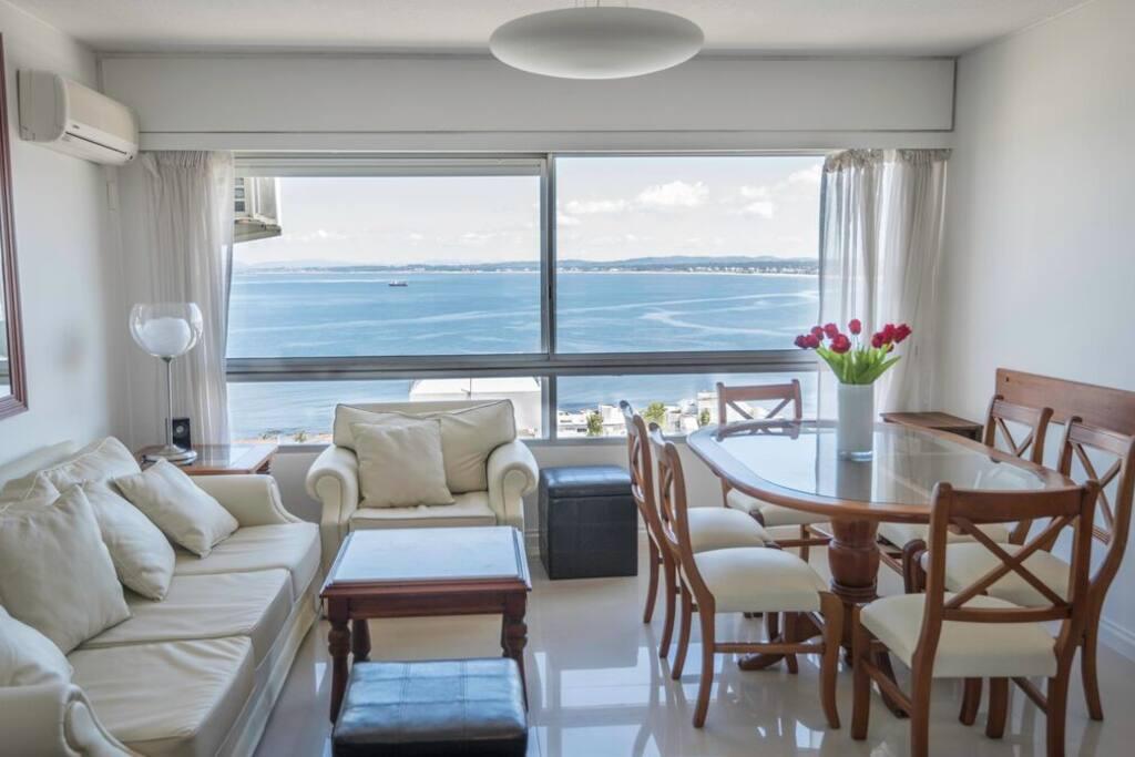 quartos para alugar porto brasileiras peladas