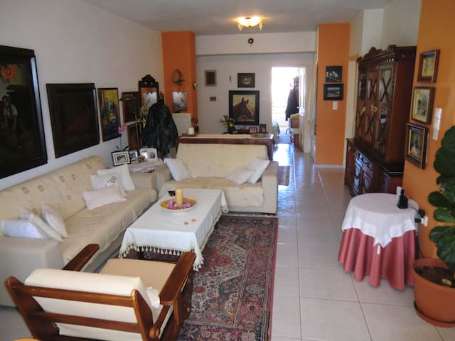 City central quiet flat, 0,2km from the old town - Rethymno - Hus