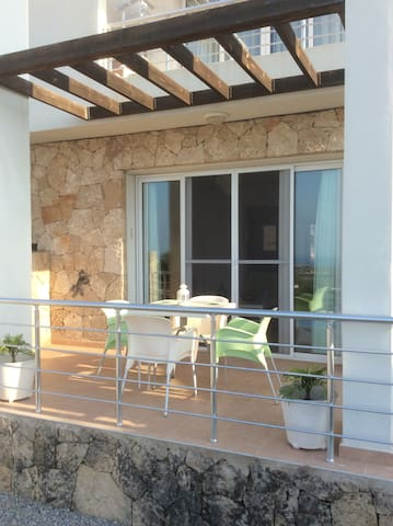 Luxury 2 bed holiday apartment - Tatlisu - Apartamento