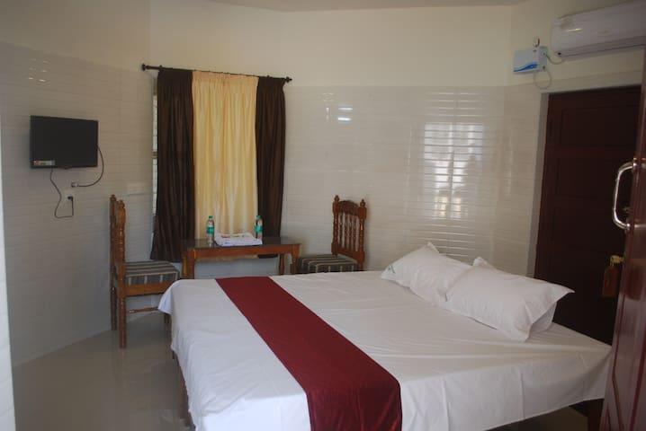 Best rooms in affordable Price Kanyakumari.