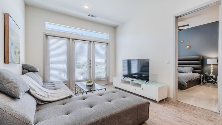 7th Avenue Condos 2bd / 2ba 12F
