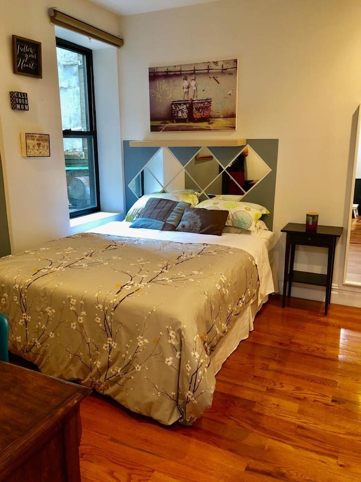Beautiful and comfy Private bed/bath in Manhattan!