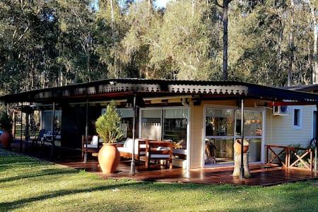 Hermosa Casa de campo en el bosque para descansar!