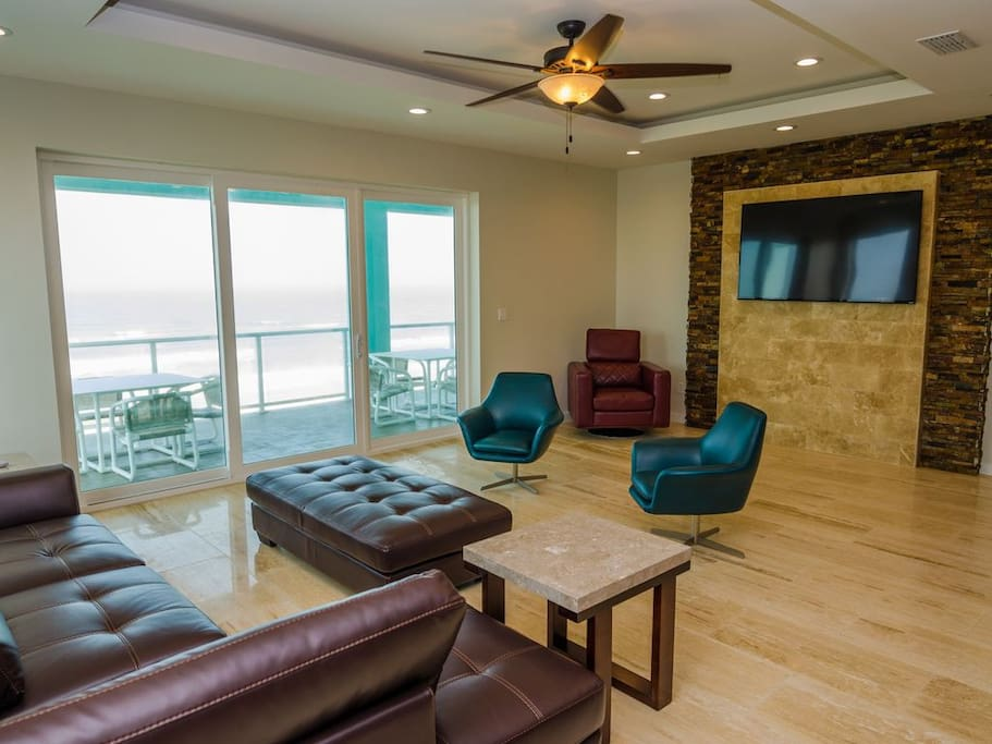 3 Bedroom Beachfront Condo Condominiums For Rent In South Padre Island Texas United States