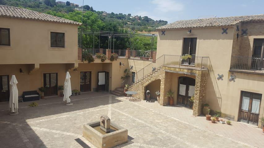 Ferme BIO Caltagirone Sicile
