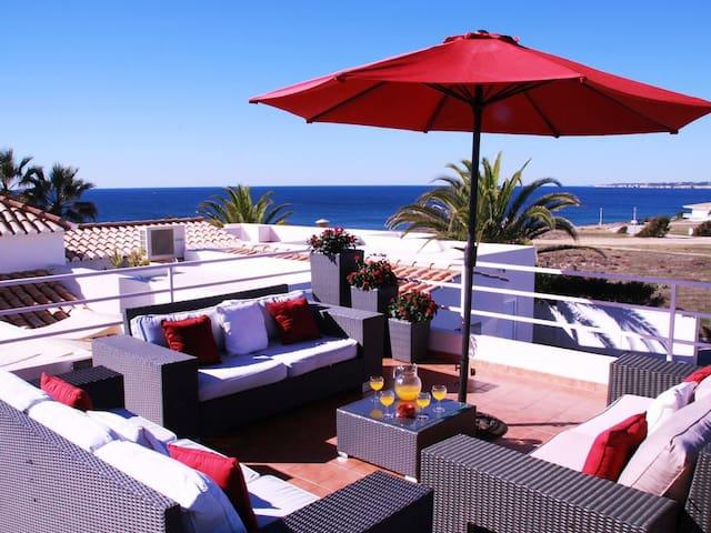 Villa Ventos do Mar II - 3 bedrooms, amazing sea views, only 50m to beach! Walk to restaurants