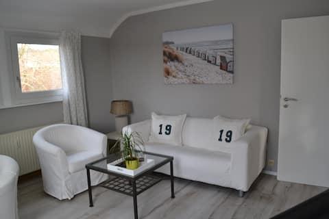 2 Zimmer-Wohnung, einziehen und wohlfühlen...