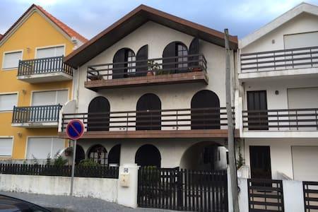 Apartamento a 100 mts da praia... - Torreira