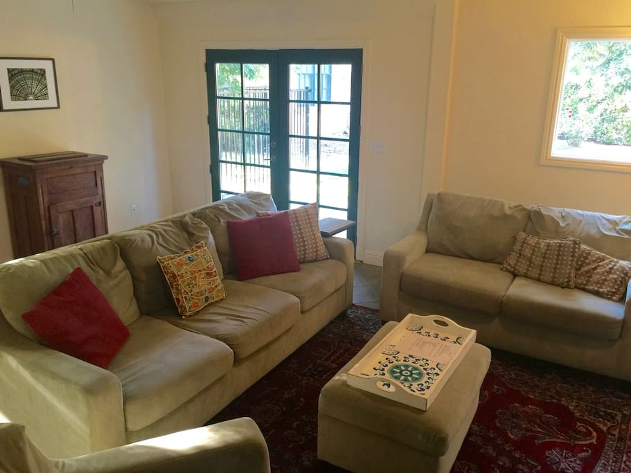 Another view to the TV room.