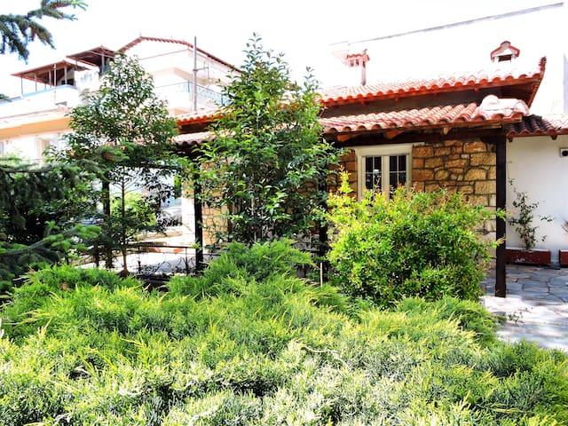 Antica casa di pietra - Ωραιόκαστρο - Maison