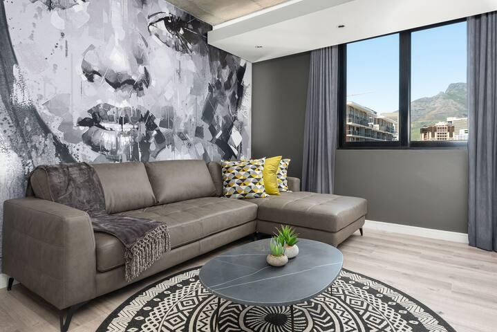 Vibrant Signature Apartment