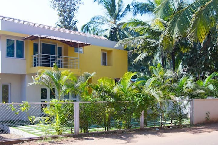 Beautiful Home at North Goa - Nerul - Dom