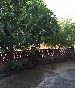 Casa de pueblo con patio  Cazalegas - Cazalegas