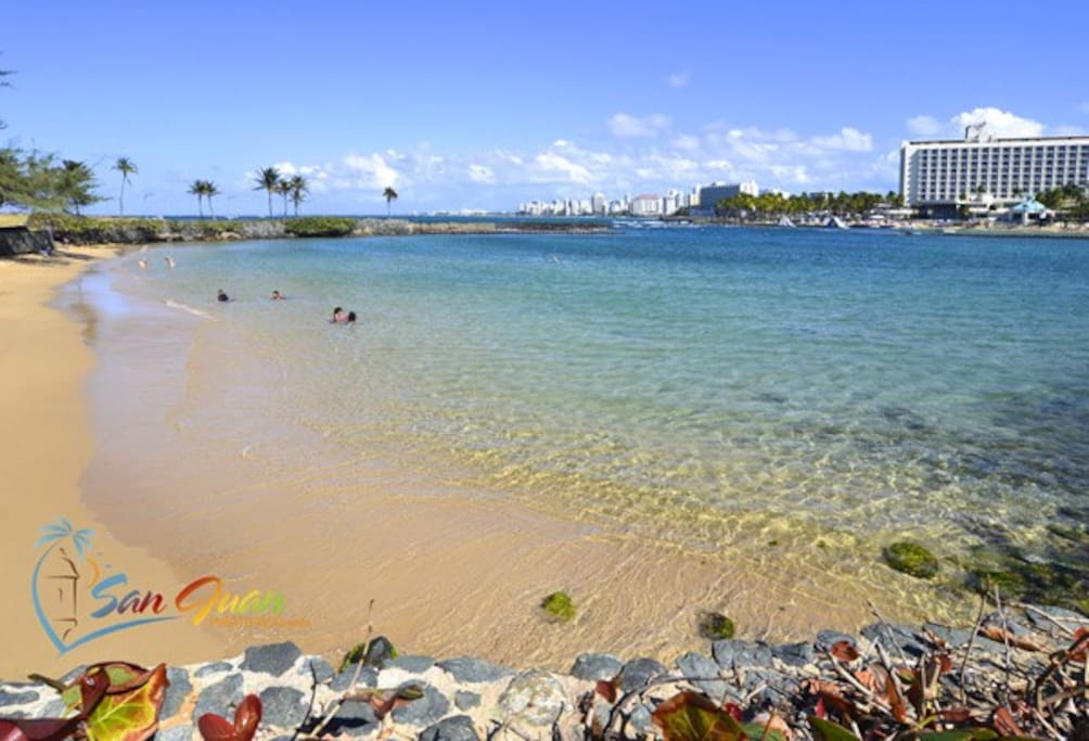 Playa Escambrón (7-mins away)