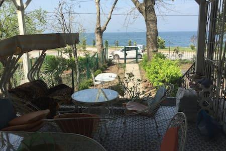 Single House near the sea - Karamürsel - บ้าน