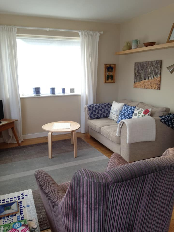 Annexe, kitchenette,dining,lounge,dbl bedroom,bath