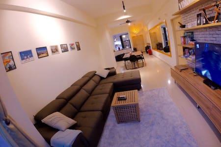 Nice, clean and comfortable room in KK city. - Kota Kinabalu