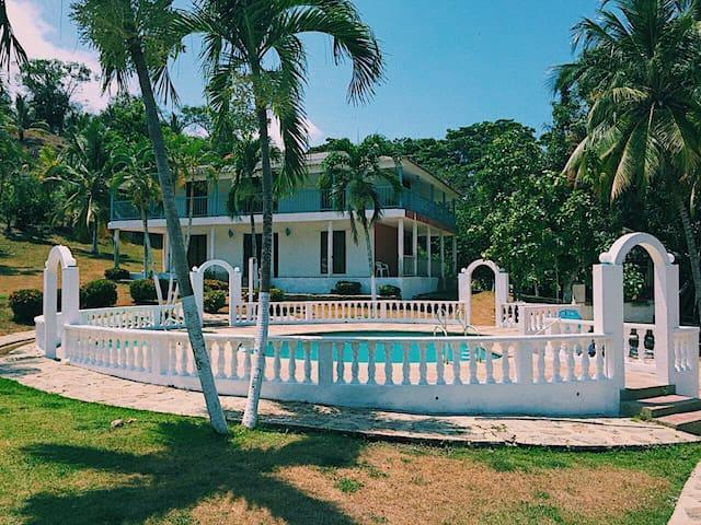 Villa - Casa El Arca hostal & camping room 1