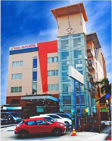 Royal Jelita Hotel