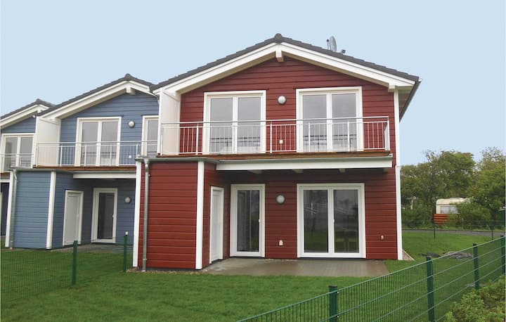 Amazing home in Dagebüll with Sauna and 3 Bedrooms