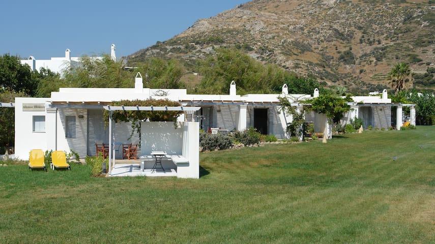 ATSITSA HOUSE in a beautiful garden near the beach