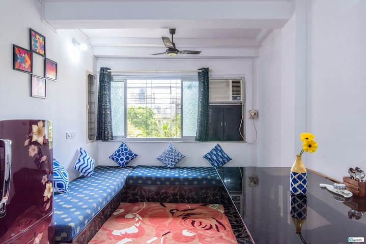 Cozy 1BR in Oshiwara Andheri West!