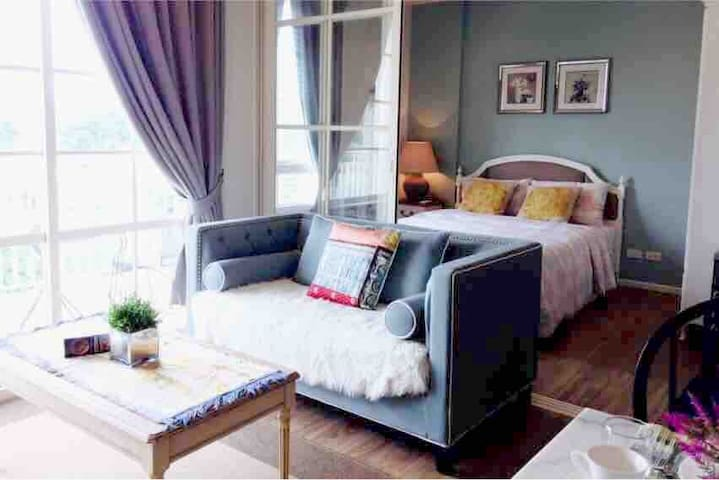 Romantic room at Huehin near beach
