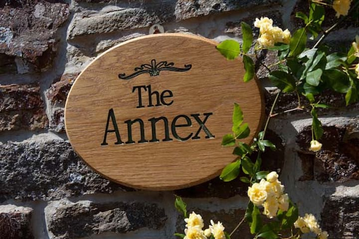 The Annex B&B 2 (5-star Property)