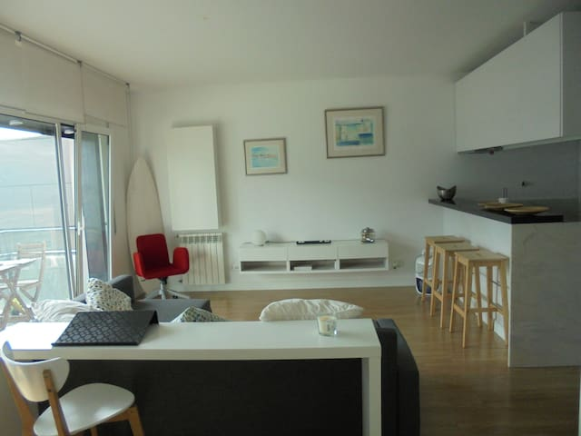 Studio flat next to Tejo river - Sacavém - Wohnung