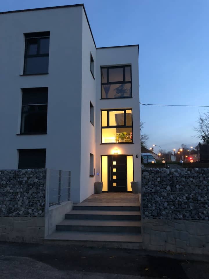new penthouse in downtown Steyr balcony+garden