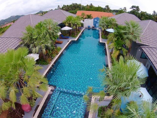 One bedroom villa with a big pool - Muang - Casa