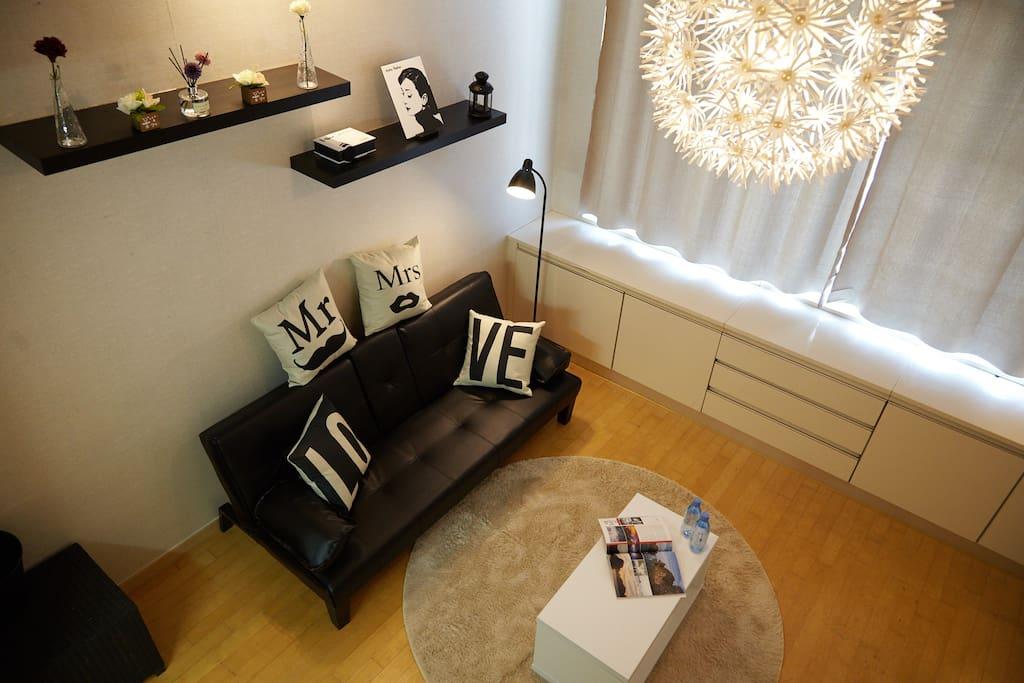 높고 쾌적한 거실 High and comfortable living room