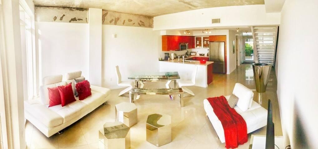 Amazing Unit in Miami 2 Bed/2.5 Bath - BEST DEAL