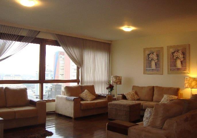 Apartamento Moinhos de Vento - Porto Alegre - Apartamento