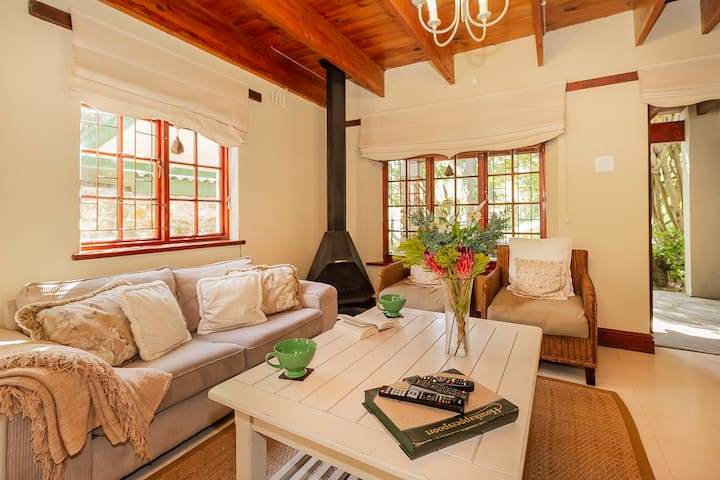 Houtkapperspoort Cottage 11 - One Bedroom