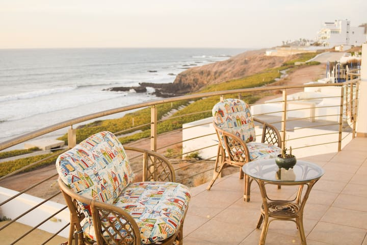 LUXURY TJ/ROSARITO OCEAN FRONT PRIVATE BEACH VILLA