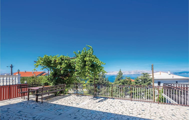 Holiday cottage with 1 bedroom on 38m² in Senj